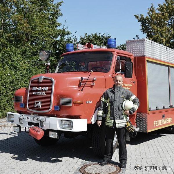33年��g服役一�!1986年的�L�^消防�