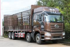 460马力发动机 实拍解放J6P载货车底盘