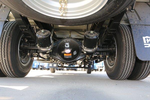 致富好帮手工艺配置比较人性化搭载2.7L发动机奥驰V2简约不简单