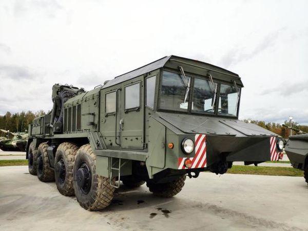 库宾卡:现俄军最先进的轮式抢救牵引车