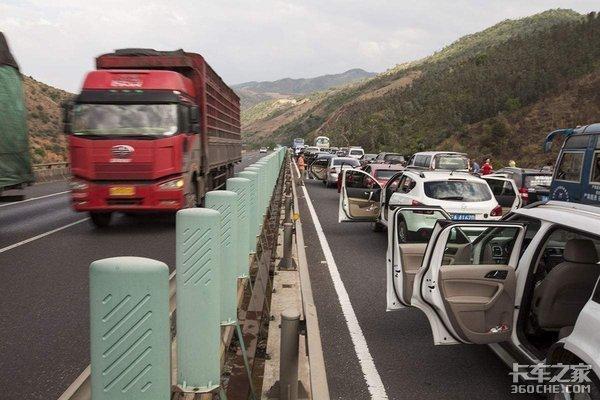 成乐高速公路新增2处固定雷达测速设备