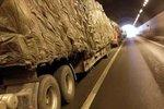 货车司机述运输经历:超载处罚日益严格