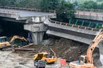 无锡高架桥塌陷 诸多问题需直接面对!