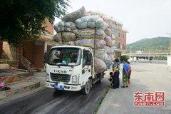 货车司机超高运输 超高不超重同样违法