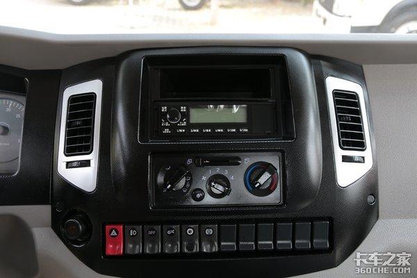 驾驶室底盘全升级福瑞卡12T级新车图解