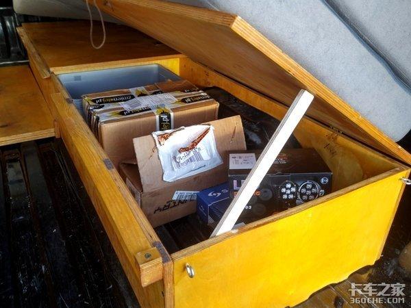 皮卡改房车货箱秒变单人床看完我酸了