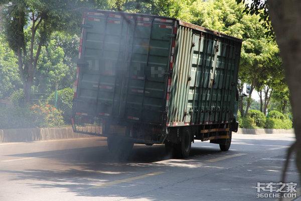 四川:多部门联手攻坚柴油货车污染治理