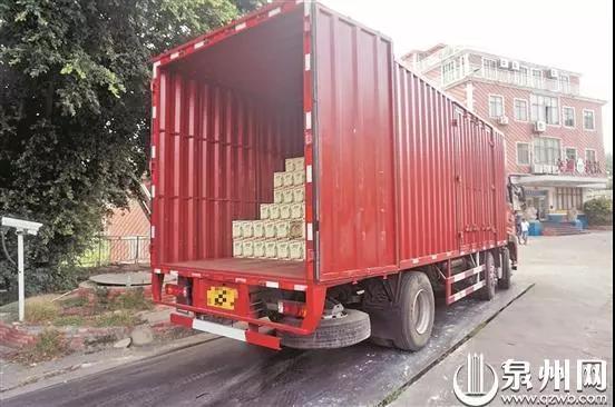 货车无证超载又拒检司机即将面临三项处罚!