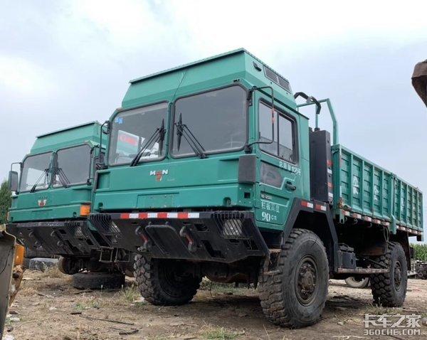 """服役于荒漠,全地形运输,MANLX2000特种车不愧为""""越野猛狮""""!"""