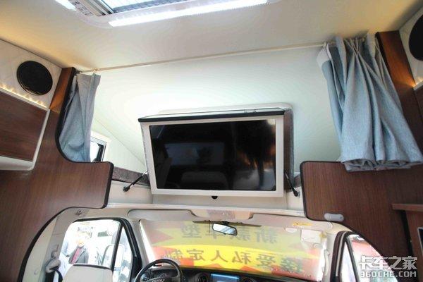 外观清新 座舱材质软 这款房车适合旅行