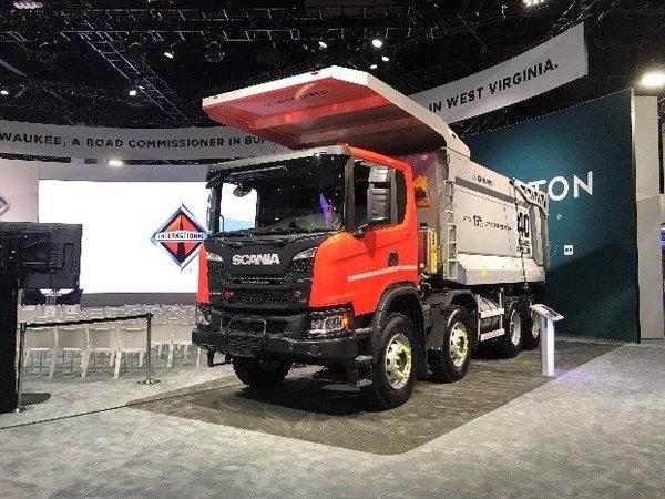 斯堪尼亚和纳威司达携手合作为加拿大采矿业提供车辆和服务