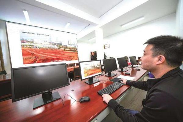 长沙县智慧渣土管理平台试运行实时监控全县近600台渣土车