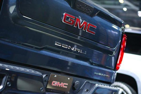 又一款全尺寸进口车国内发布新车实拍