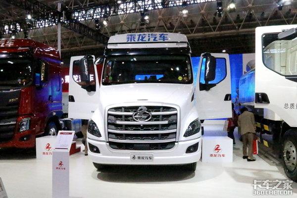不同品牌,配置却很相同国产卡车:同质化怎么了?性能好就行!
