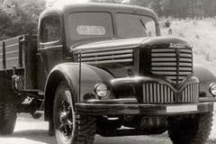 在国际存活30年的出口卡车 挂火焰车标