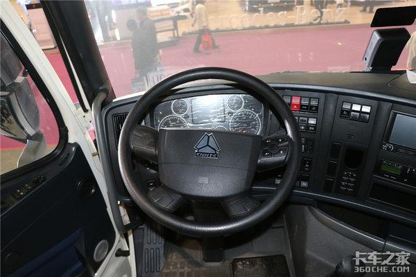 ��六500�R力1100L大油箱�解豪沃T7H