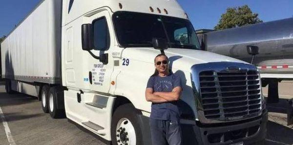 每月只跑四趟车月薪近7万人民币美国卡车司机这么幸福?