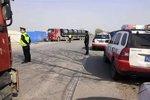 天津打击二次配载 19辆超限超载车被查