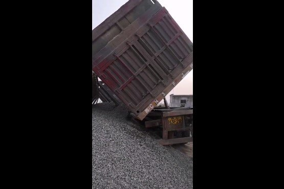 非法改装、超载率247%江苏这几辆超载车要闹哪样