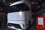 LED光源加持,珠光白狠冲视觉,东风天龙概念车画面太美不敢想!