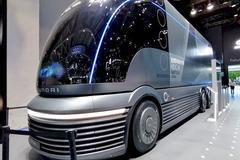 大秀�淠�:�F代汽�在新能源路口怎么走