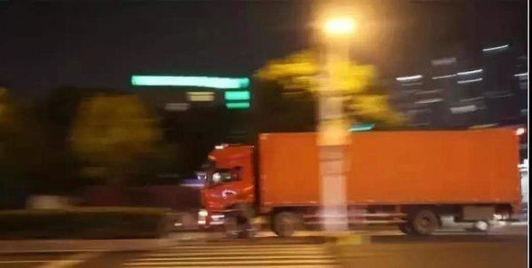 浙江:货车超载新规11月15日开始执行了每超1000千克罚款500元