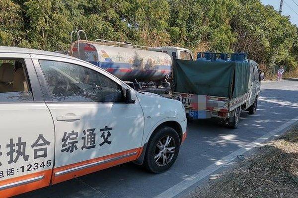小货车司机被罚3万元车上究竟拉了啥?
