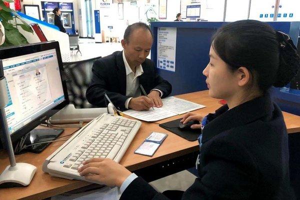 湖南发出第一张货车ETC明年1月1日起实现不停车缴费