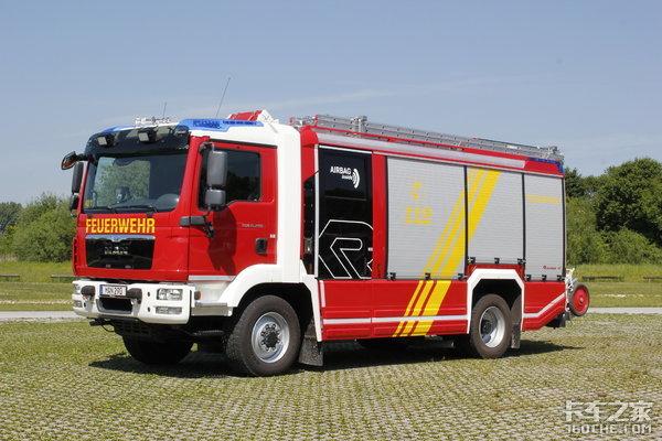 有�P斯太��V8消防�的���依然在昨天