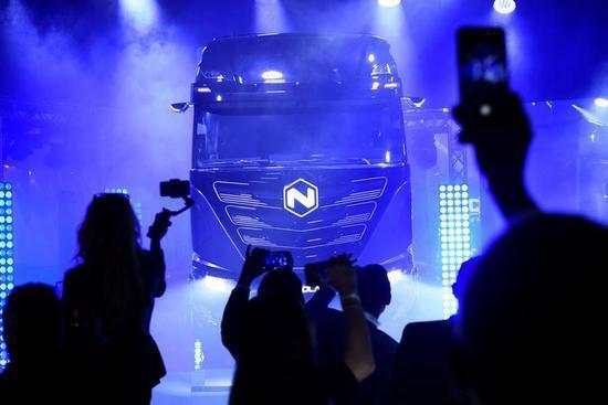 依维柯与尼古拉汽车推出首款电动卡车