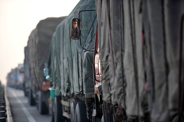 12月16日起超限超载货车禁入北京封闭式高速路