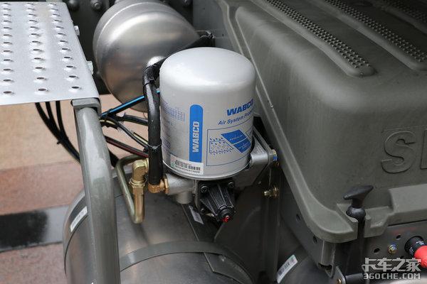 1350L大气瓶国六排放豪瀚N7G实力够强