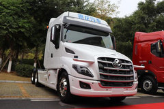 L4级自动驾驶,乘龙T7亮相柳汽商务大会