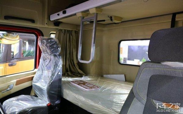 国产重卡舒适性再出新探索,众厂商群雄逐鹿,谁家的驾驶室深得你心?