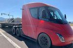 特斯拉首次官宣:电动大卡车下半年量产 未提交付时间
