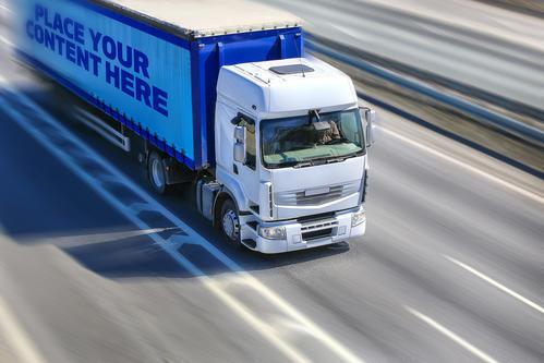 重汽网联卡车参加列队跟驰标准试验