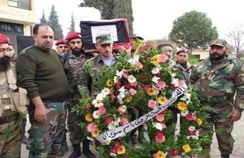 自爆卡车冲向叙利亚阵地军官为救队友离世