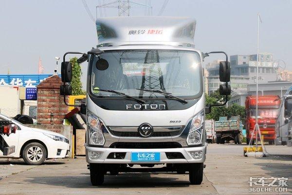 搭载405牛米全柴Q28发动机国六福田奥铃新捷运实拍