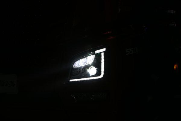 卡�小百科(4):�u素氙��LED大比拼