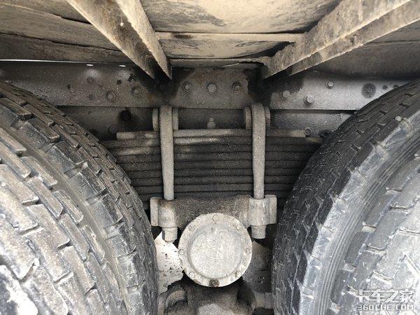 低顶牵引车在这拉水泥为啥只认华菱?
