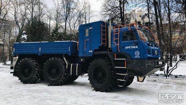 400马力配16挡箱,跋山涉水无所不能,卡玛兹6X6全地形卡车有点秀
