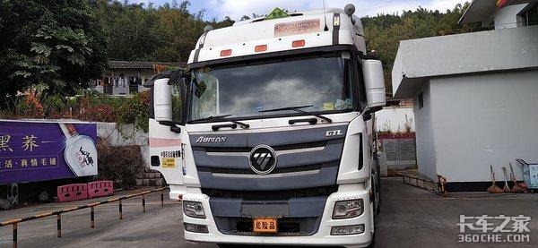 石油运输路上一员老将,50多万公里动力不减,欧曼GTL不愧是国际标准