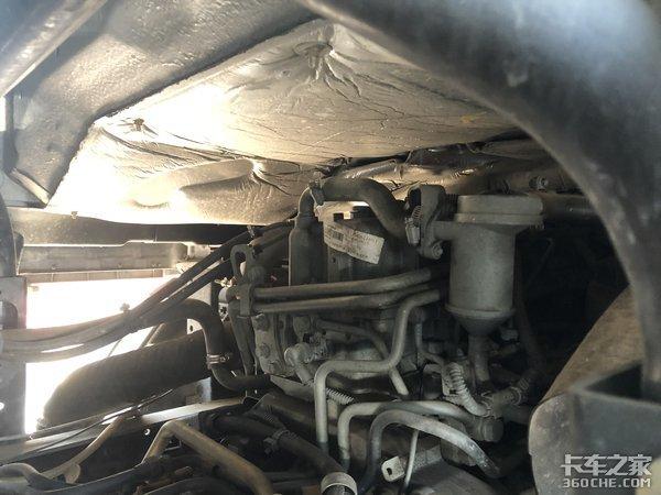 3.8米排半解放J6F轻卡落地价18万!车主:配置高,这钱花的值