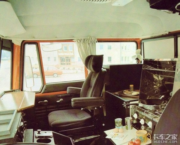 一款驾驶室用了27年还不过时,达夫对卡车舒适性的探索是认真的
