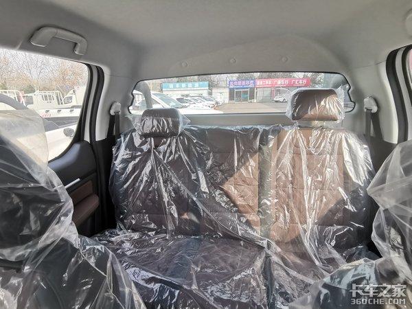真皮座椅+10寸中控大屏,2.0T柴油动力,福田胜途7:我为高端皮卡代言