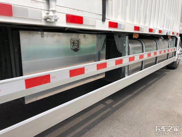 轻量化优势明显解放J6L冷藏车实用性强