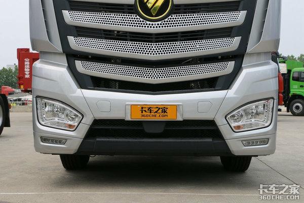 AMT牵引车老将PK新冠军,重汽T7H和欧曼EST-A你选谁?