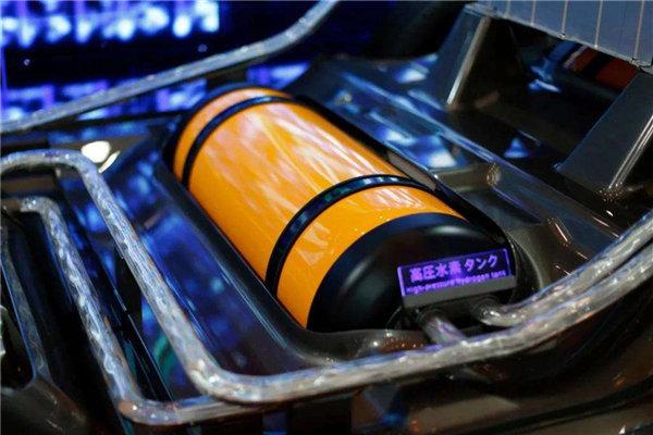 重磅!上汽红岩首辆氢燃料电池重卡来了
