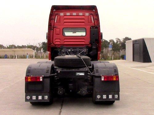 重汽豪曼新6x4牵引车来了!装潍柴400马力发动机