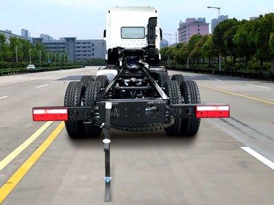 格尔发K5新8x4载货车来了!搭载国六潍柴400马力发动机